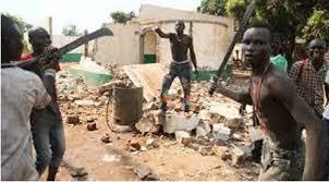 Men dressed in black kill 18 in Plateau
