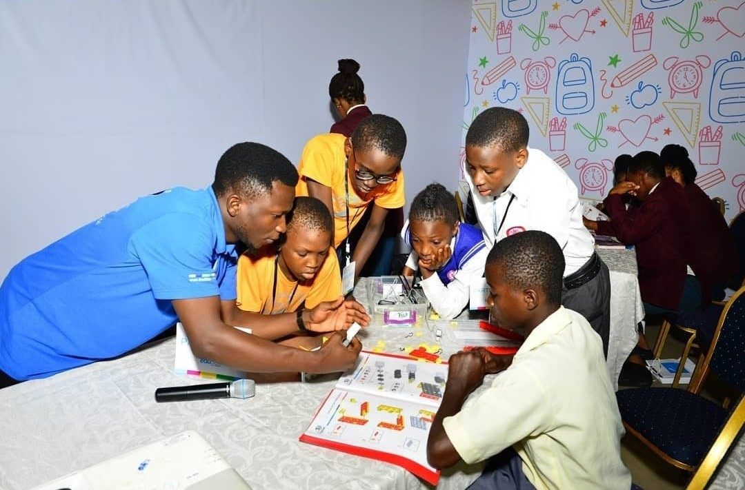 Korede Bello, Kemi ?Lala? Akindoju, Others take part in Union Bank?s Edu360 fair