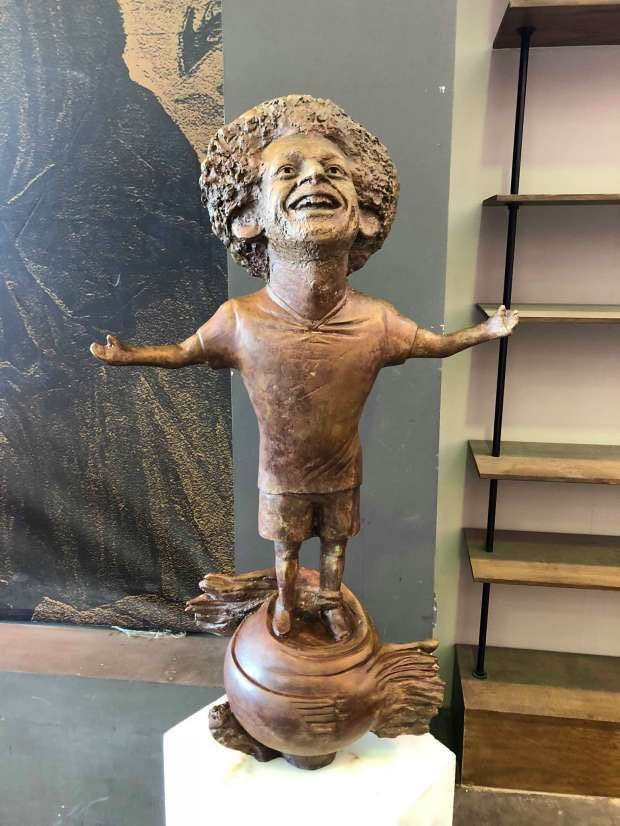 Check out this bizarre statue of African best footballer Mohamed Salah (Photos)