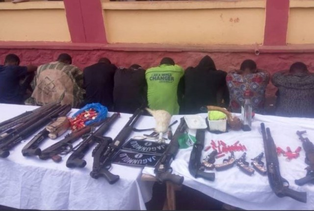 Ogun State police command arrest fake king, gay man and 7 others arrested for robbery