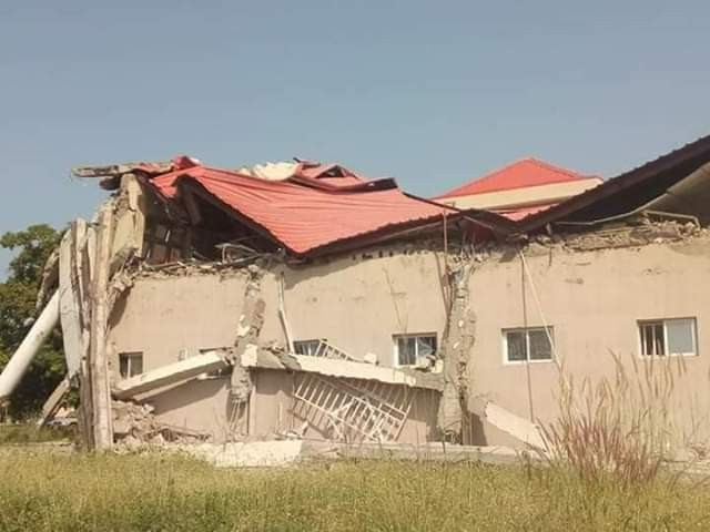 Photos: Building collapses in Benue State University three years after inauguration