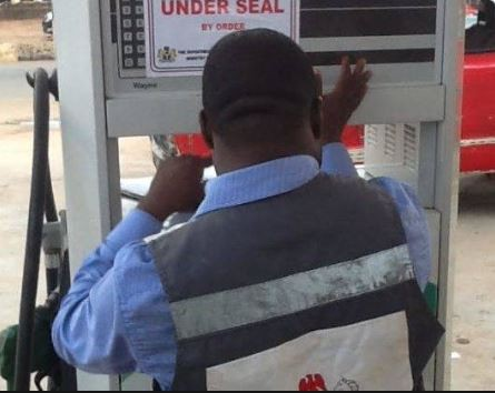 Department of Petroleum Resources discovers?50 illegal filling stations in Akwa-Ibom state