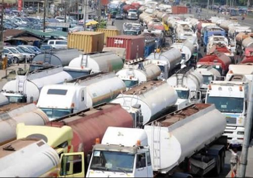 Oil marketers?rescind directive to shut?down all loading operations today