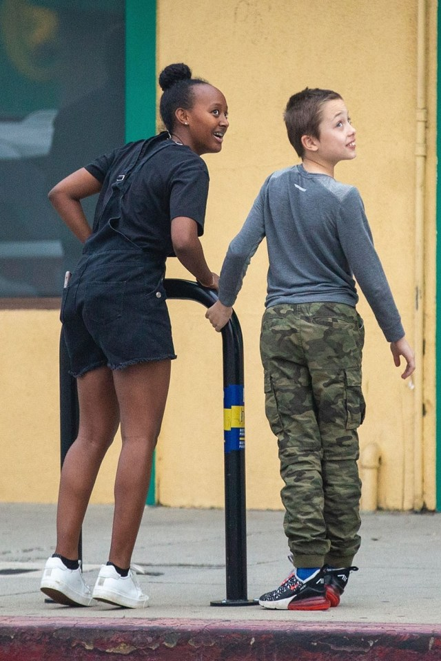 Angelina Jolie?s daughter, Zahara, is growing up fast (Photos)