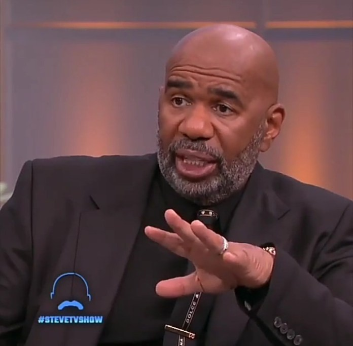 """""""Fat transfer operation needs to be banned"""" Professional plastic surgeons appear on Steve Harvey"""