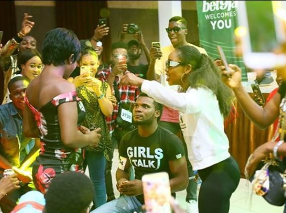 Photos: BBNaija contestant proposes to his girlfriend at the Lagos audition venue