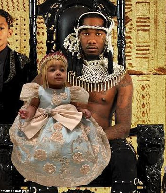 Offset pictured with his four 'beautiful' children including baby Kulture for first time on his debut album 'Father of 4' (Photos)