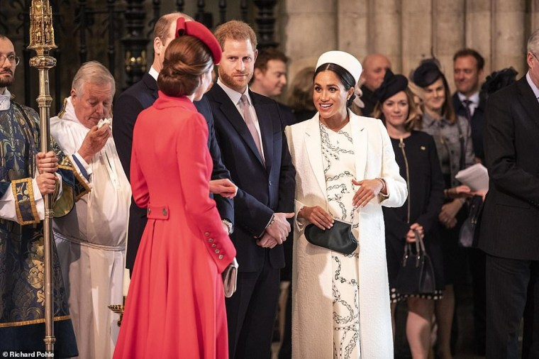 Kate Middleton and Meghan Markle hug and laugh as they arrive for Commonwealth Day service (photos)