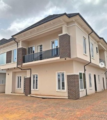 Nollywood actress, Regina Daniels shows off a new house she said she got for her mum (Photos)