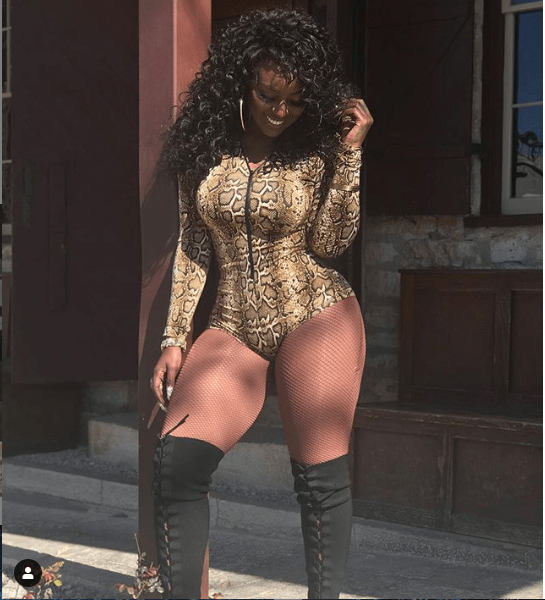 Reality star Amara La Negra shows off her backside in snakeskin bodysuit (Photos)