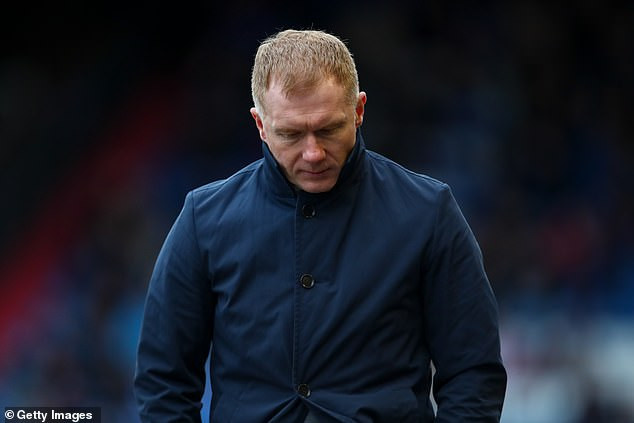 Man.U legend Paul Scholes charged with misconduct by FA after placing 140 bets on football matches?