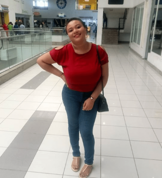Honest Nigerian woman returns money a company she didn