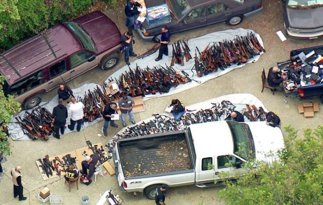 Shocking! Police seize over 1,000 guns?from a?Los Angeles mansion in one of the biggest raids ever (Photos)