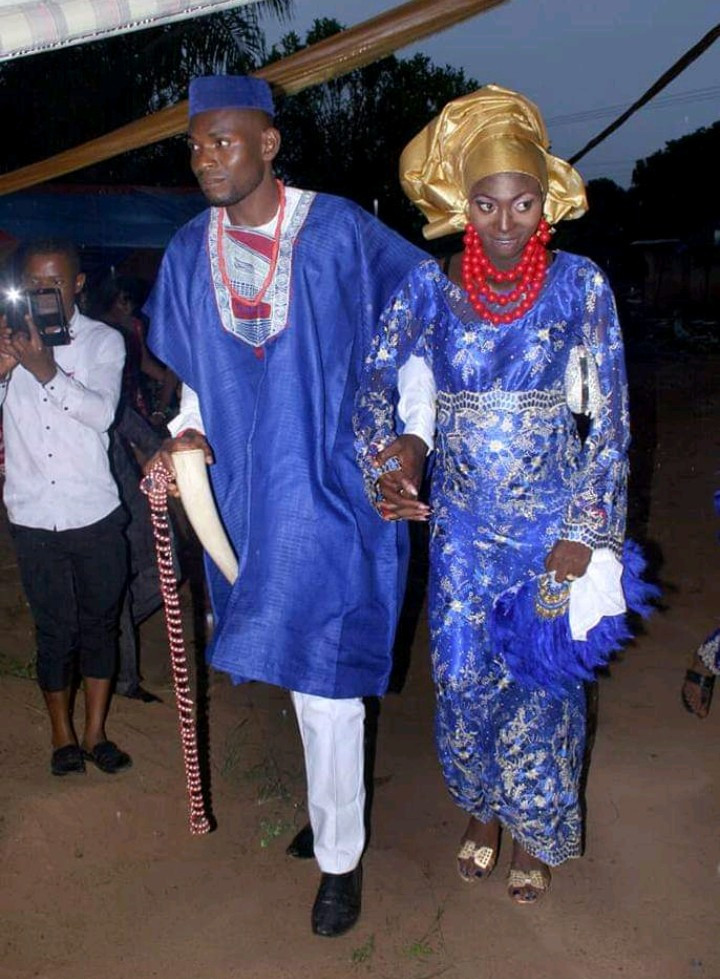 Web users mock excited bride after she shared her traditional wedding photos online