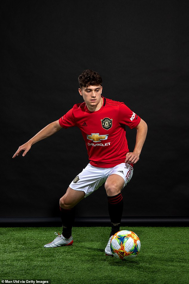 Manchester United unveil Welsh winger Daniel James as first signing of the summer following ?17m move from Swansea (Photos)