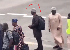 Video:  Kwara State Governor AbdulRahaman Abdulrazaq spotted queuing to board a commercial flight