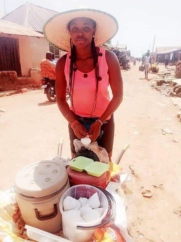 Graduate who sells food with a wheelbarrow reveals she makes more than salary earners