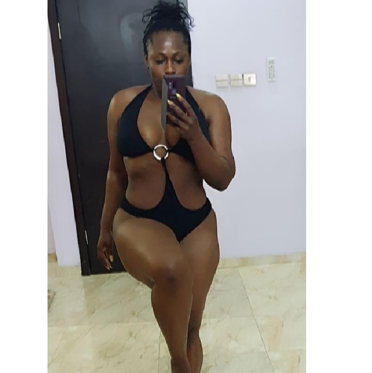 Uche Jombo shows off her body in one-piece swimwear (photo)