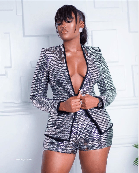 Cee-C flaunts cleavage in new stunning photos