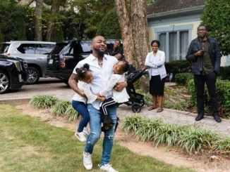 Davido shares adorable new photo with his daughters