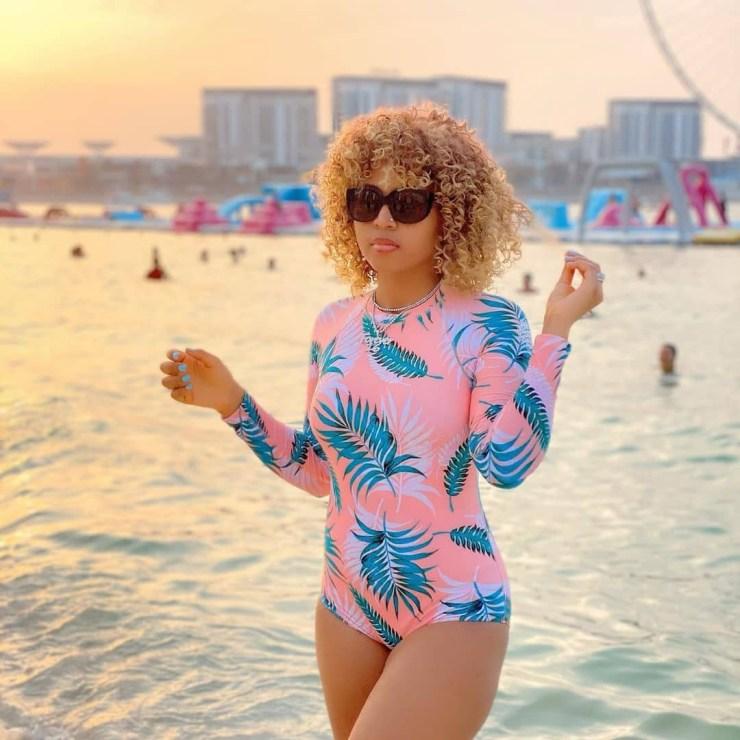 Regina Daniels flaunts her sexy body in new swimwear photos