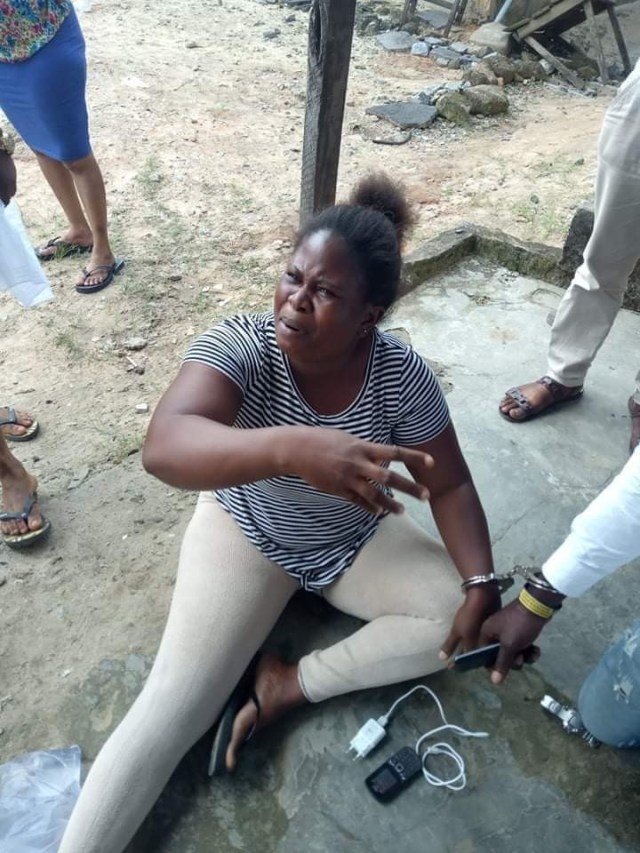 PHOTOS: Lady and Boy friend arrested for stealing Burial Money - Delta state