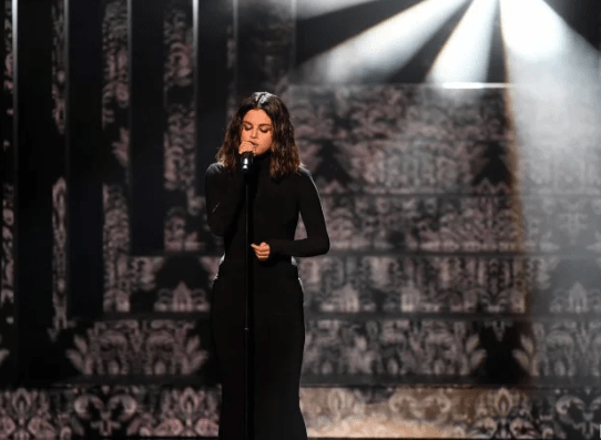 Selena Gomez delivered two powerful performances at the 2019 AMAs and Taylor Swift