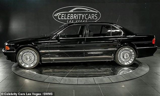 Le BMW Tupac Shakur a été abattu et est vendu avec des trous de balle pour 1,75 million de dollars (voir photos)
