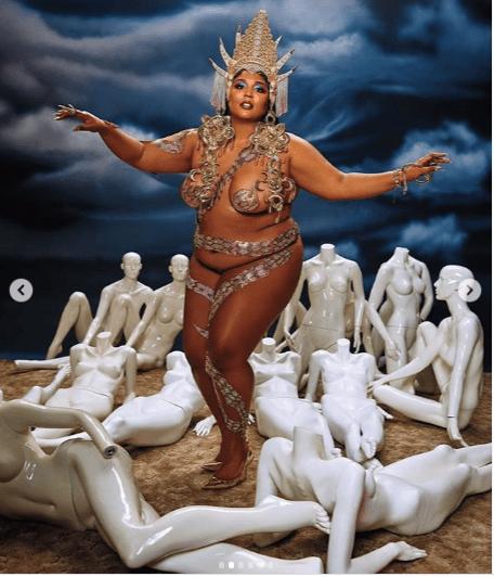 ? Je suis tellement plus que mon corps?  - Chanteuse, Lizzo dit qu'elle pose nue pour Rolling Stone Magazine (Photos)