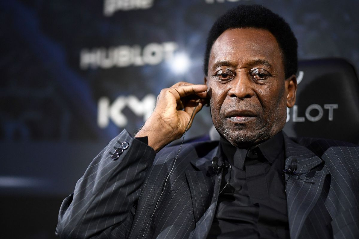 Brazil football legend Pele denies reports he's depressed and embarrassed to leave his house over the state of his health
