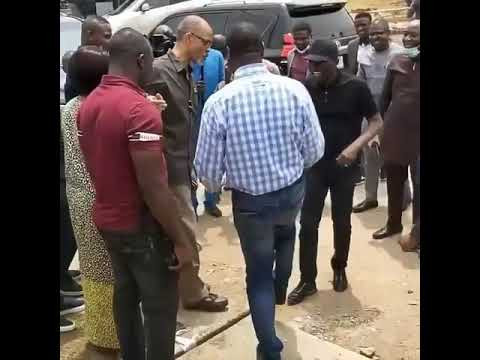 Image result for Nigerian officials shaking feet instead of hands to avoid Coronavirus