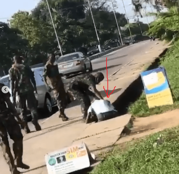 Coronavirus: Taxi driver beaten to death by security operatives in Calabar for carrying passengers who were not wearing face masks (video)