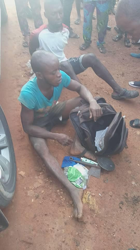 Amotekun in Osun apprehend suspected ritualists who specialize in stealing female underwear (photos)  Amotekun in Osun apprehend suspected ritualists who specialize in stealing female underwear (photos) 5ec9792bef1e2