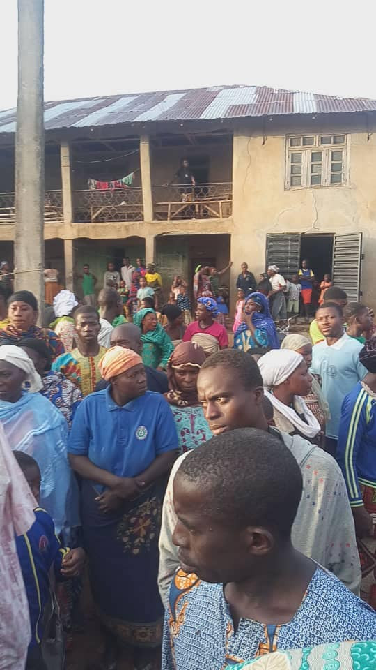 Amotekun in Osun apprehend suspected ritualists who specialize in stealing female underwear (photos)  Amotekun in Osun apprehend suspected ritualists who specialize in stealing female underwear (photos) 5ec9799650fcc
