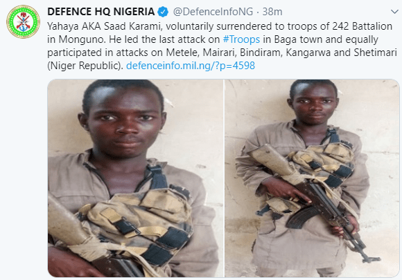 Boko Haram member voluntarily surrenders to Nigerian Military (photo)