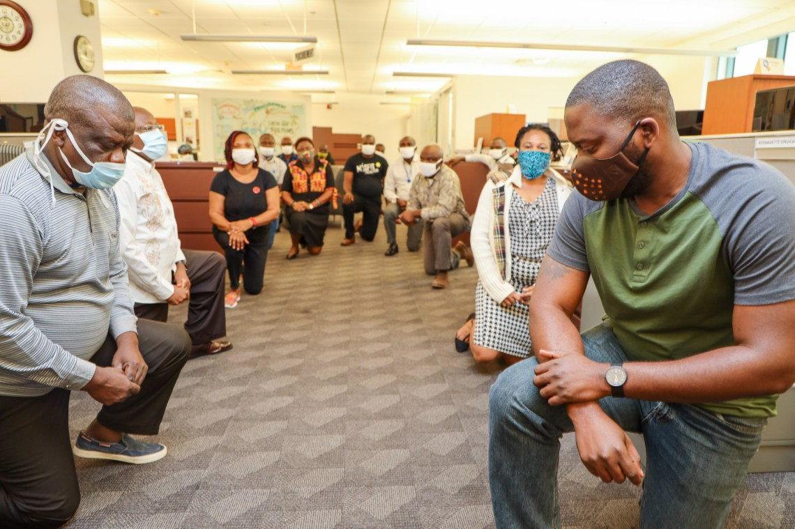 US Embassy staff in Nigeria take a knee to show support for the Black Lives Matter protesters