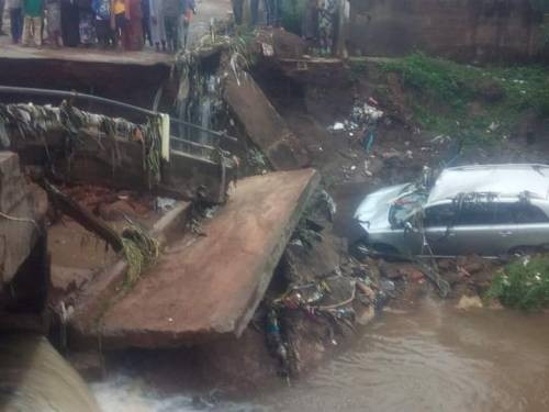 One person confirmed dead after bridge collapsed during heavy rainfall in Kwara (photos)