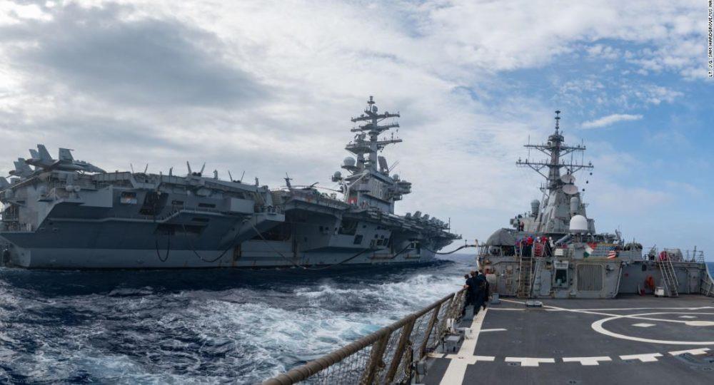 La Chine répond après que les États-Unis ont déployé 3 porte-avions de la Marine dans l'océan Pacifique alors que les tensions entre les deux pays s'intensifient