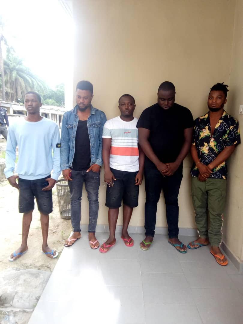 EFCC arrests 16 suspected Internet Fraudsters in Ogun, Lagos (Photos)