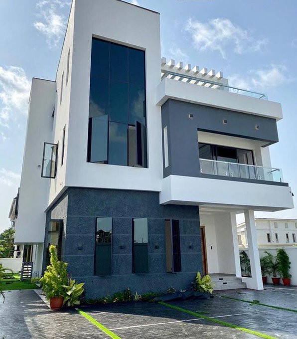 Super Eagles player Ogenyi Onazi buys multi-million naira home in Lekki (photos/video)