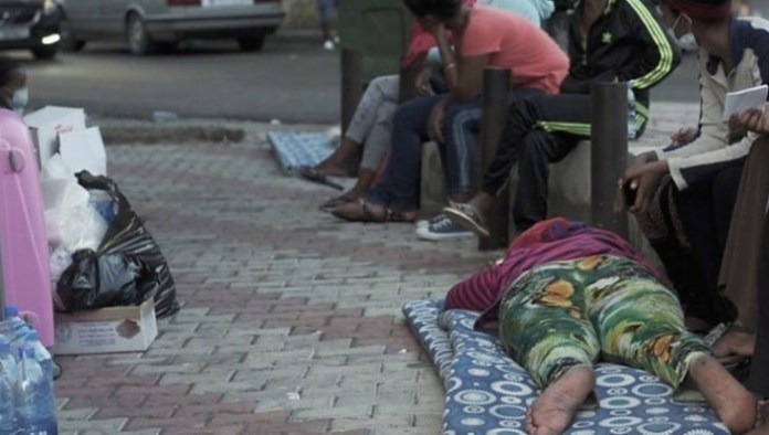 Maids dumped outside Beirut embassy