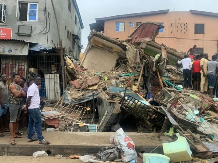 One person confirmed dead and six others have been rescued after a three storey building collapsed in Lagos (photos)