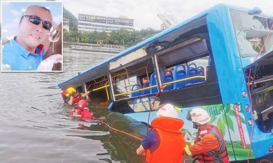 Bus driver in China deliberately crashed and killed 21 people after his house was demolished by government