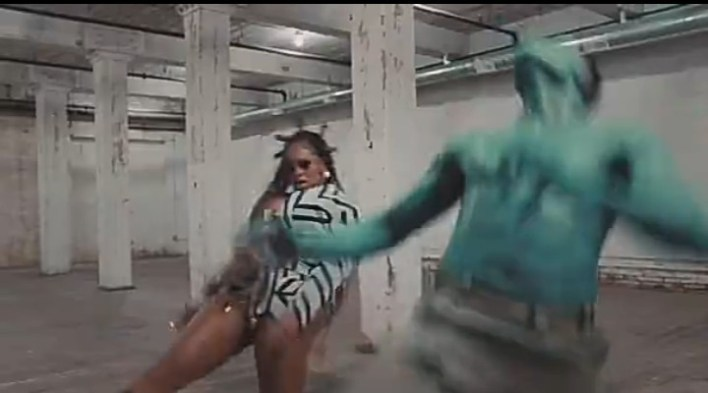 Beyonce does Leg work, Gbese and other Nigerian/African dances in