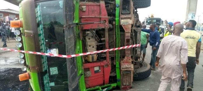 Another container falls and kills two in Lagos