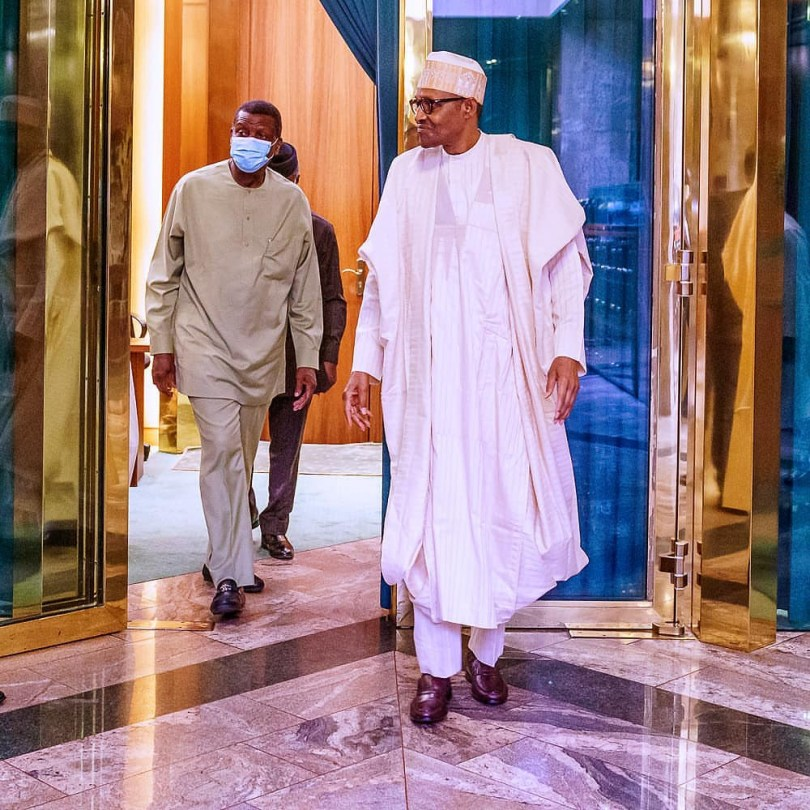 Pastor Adeboye visits President Buhari in the state house (photos)