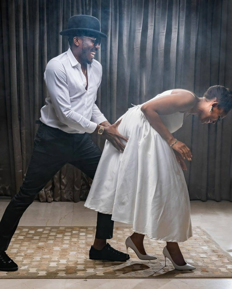 Comedian Bovi and wife celebrate their wedding anniversary with beautiful family photos