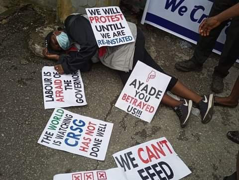 Woman slumps while protesting against her sack by Cross River State government