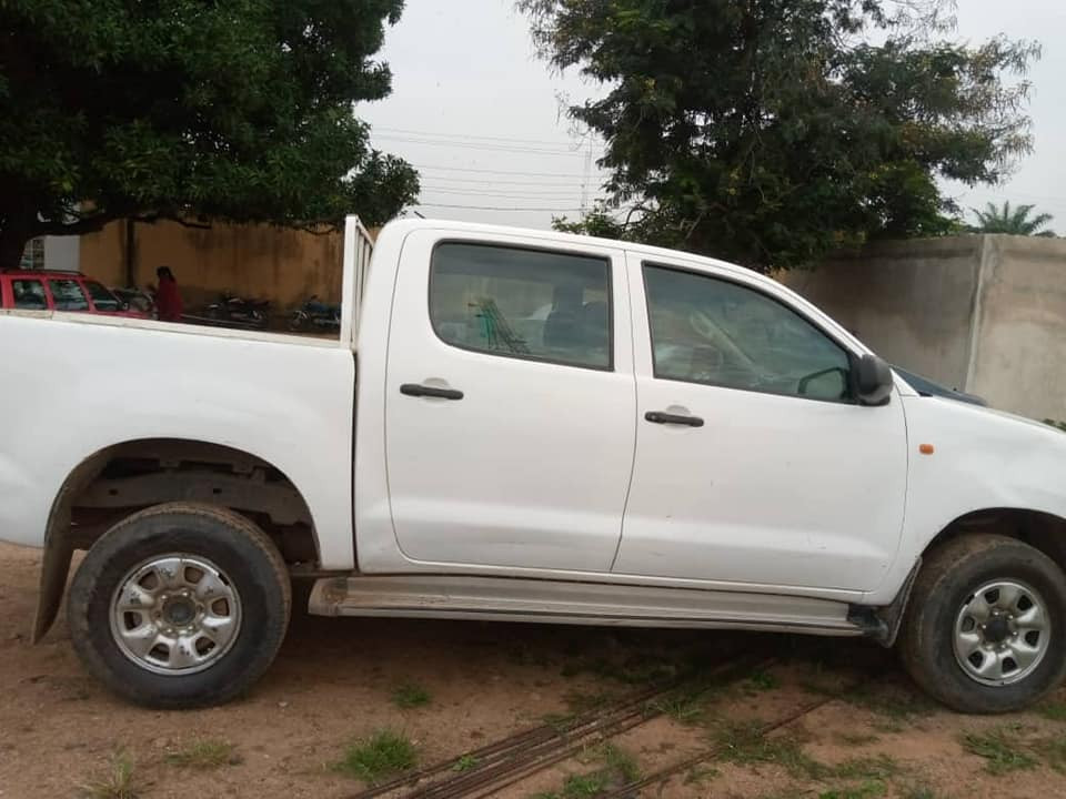 Suspected car thief paraded after being nabbed with stolen Toyota Hilux in Nasarawa
