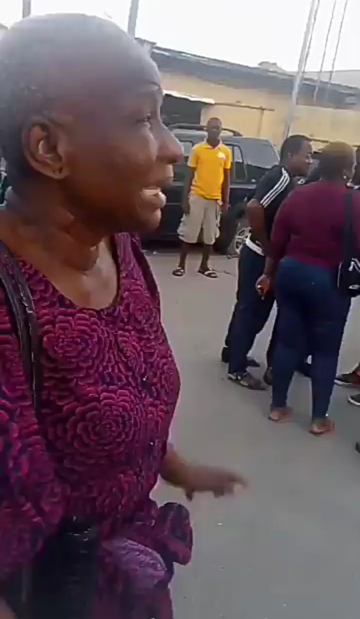 Outrage as elderly woman is slapped by police for pointing at police station during end SARS protest (video)